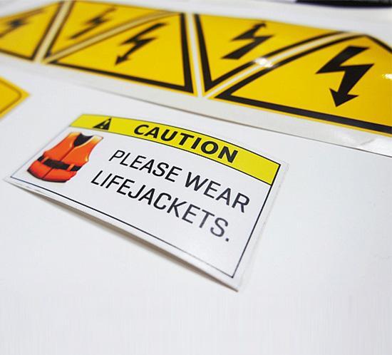 Çıkartma (Sticker) Etiket